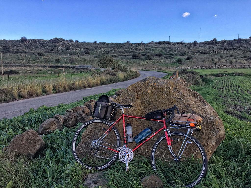 Il condorino Bianchi Touring trasformato in bici da cicloturismo